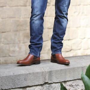 vue portee chelsea boots cuir marron cognac jules & jenn