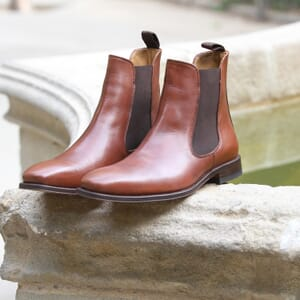 vue posee chelsea boots cuir marron cognac jules & jenn