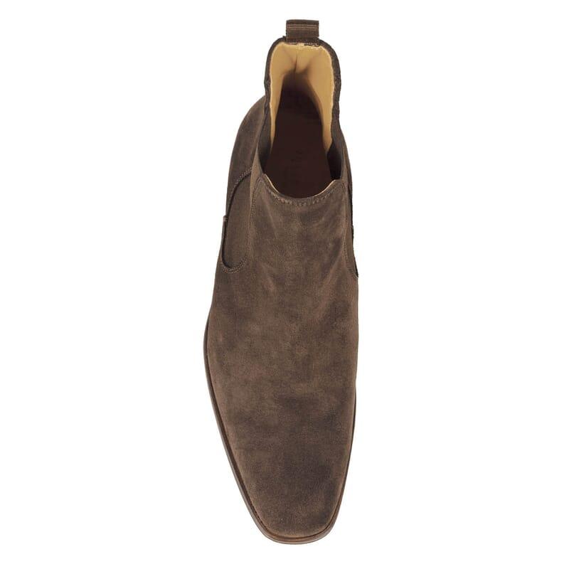 vue dessus de chelsea boots daim marron homme Jules & Jenn