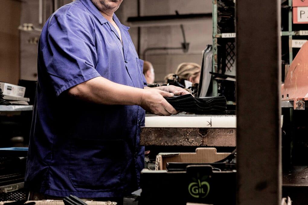 Atelier de fabrication chaussures femme Jules & Jenn