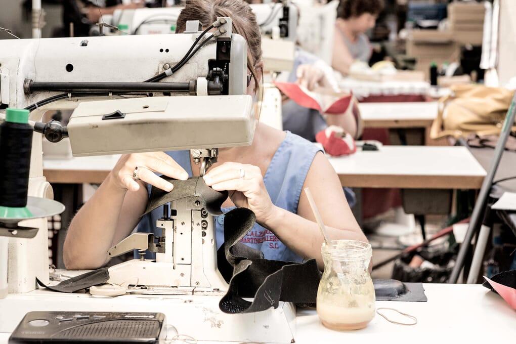 Couture cuir chaussures femme Jules & Jenn