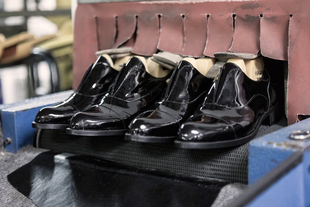 Séchage chaussure derby femme cuir Jules & Jenn