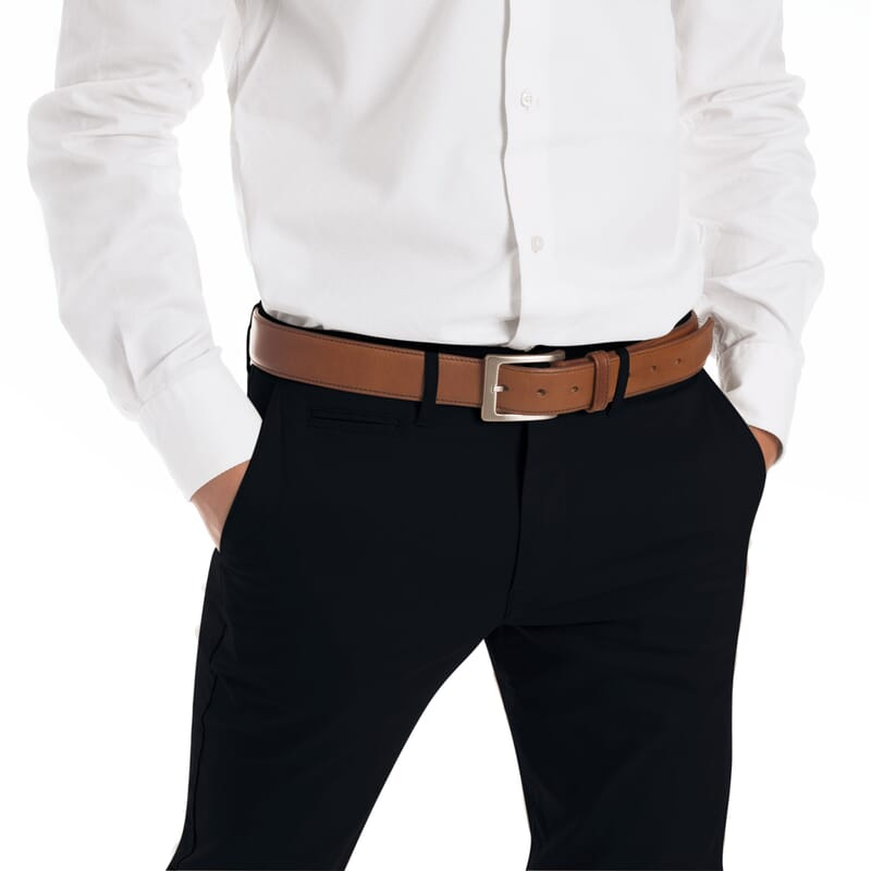 vue portee de ceinture homme cuir cognac classique