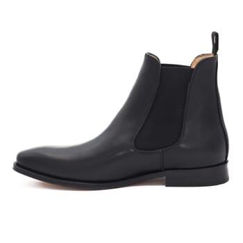 vue interieure de chelsea boots cuir noir Jules & Jenn