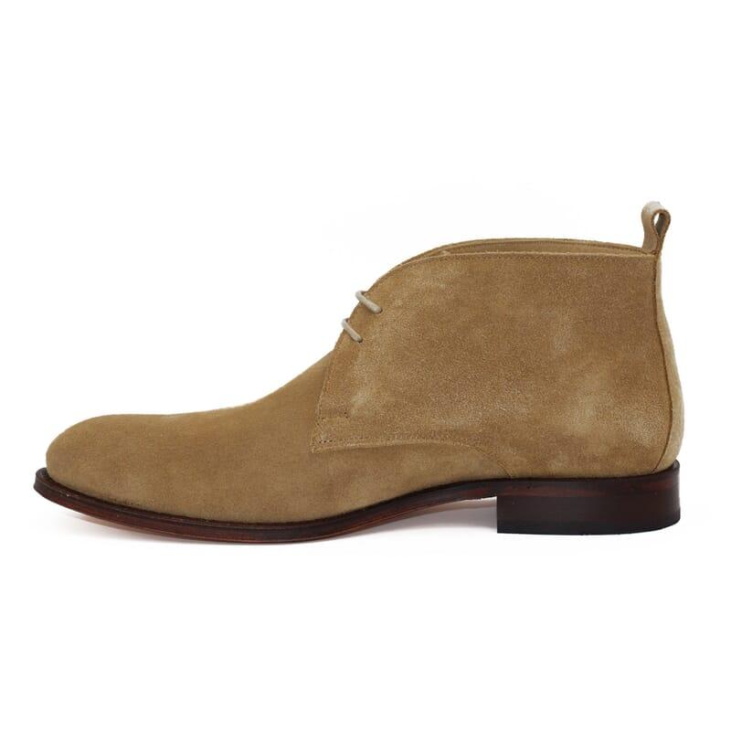 vue interieure desert boots cuir daim beige jules & jenn
