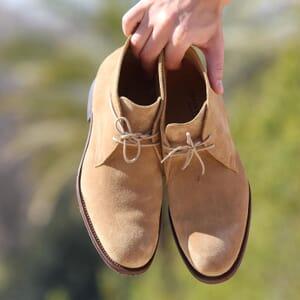 vue posee desert boots cuir daim camel jules & jenn