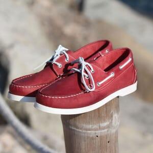 chaussures bateau cuir rouge jules & jenn