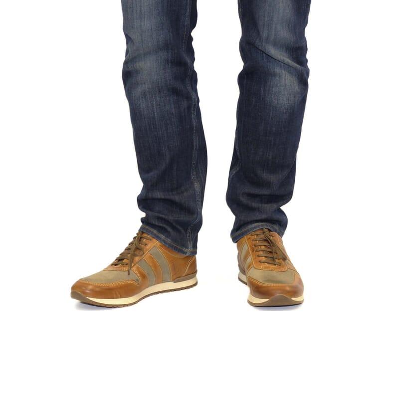 vue portee Sneakers cuir cognac beige Jules & Jenn