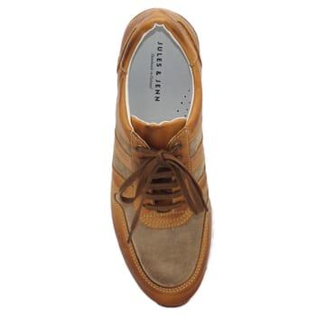 vue dessus sneakers cuir cognac et beige JULES & JENN