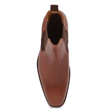 vue dessus chelsea boots cuir marron cognac