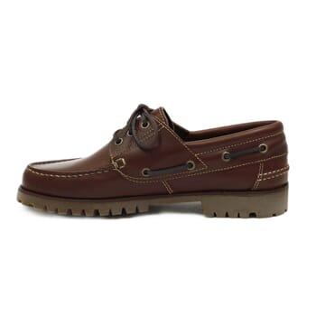 vue interieur chaussure bateau crampons cuir marron jules & jenn