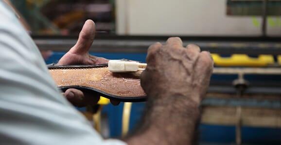 L'atelier de fabrication de chaussures femme, Espagne (Elche)