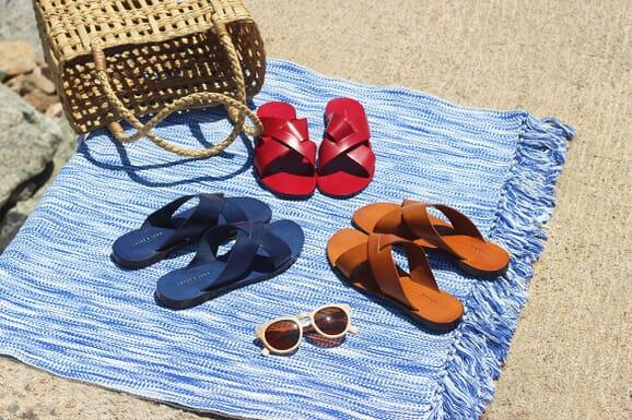 Mules plates cuir camel, rouge et bleu jules & jenn