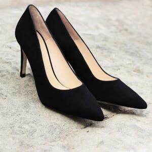 vue portee escarpins classique cuir daim noir jules & jenn