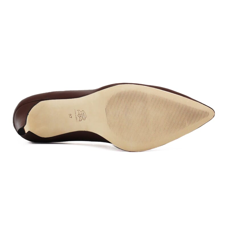 vue dessous escarpins classiques cuir marron jules & jenn