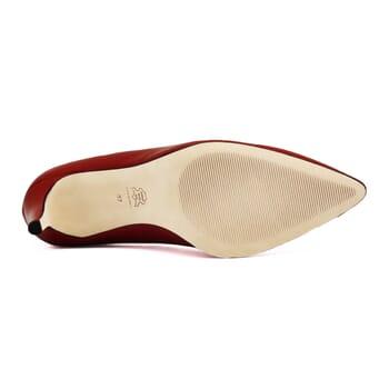 vue dessous escarpins classiques cuir rouge jules & jenn