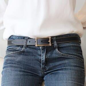 vue portee de ceinture mademoiselle cuir bleu