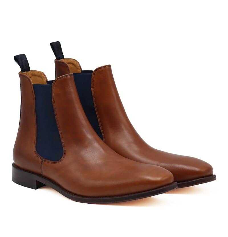 chelsea boots cuir lisse cognac et bleu jules & jenn