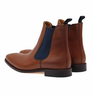 vue arriere chelsea boots cuir cognac et bleu jules & jenn
