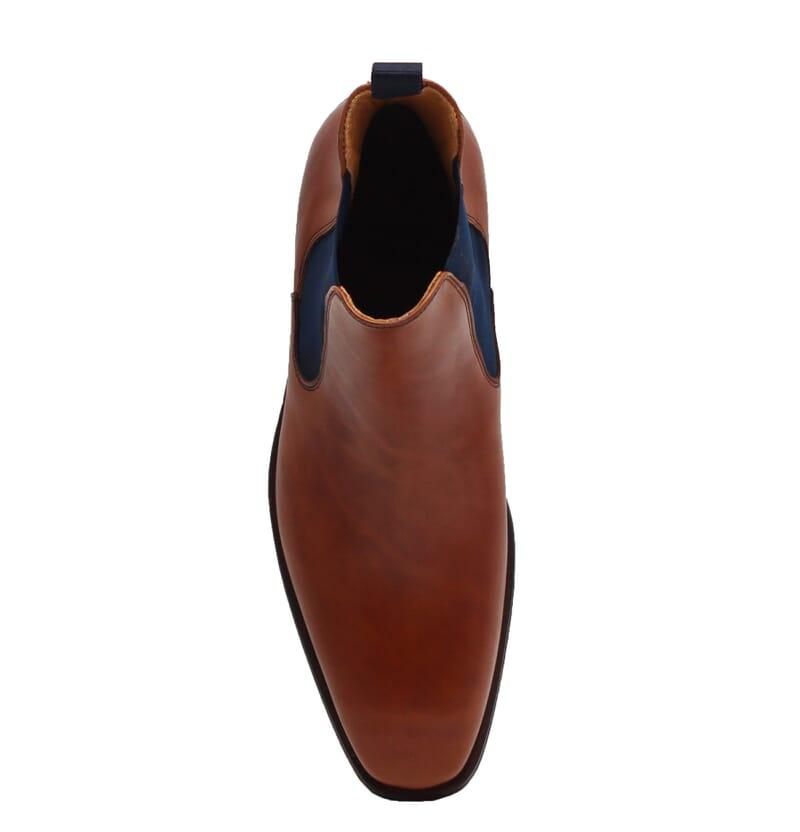 vue dessus chelsea boots cuir lisse cognac et bleu jules & jenn