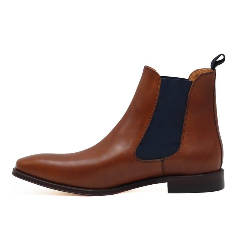 vue interieure chelsea boots cuir lisse cognac et bleu jules & jenn