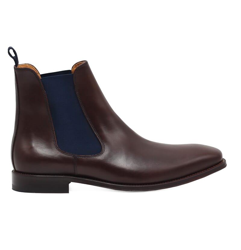 vue exterieure chelsea boots cuir lisse tannage vegetal marron et bleu jules & jenn