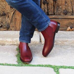 vue portee chelsea boots cuir vegetal bordeaux jules & jenn