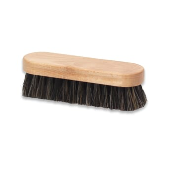 Vue de dessus brosse a reluire cuir lisse Famaco JULES & JENN