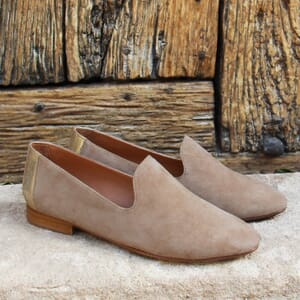 vue posee slippers classiques cuir velours beige dore jules & jenn