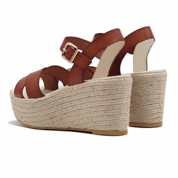 vue arriere sandales compensees cuir camel jules & jenn