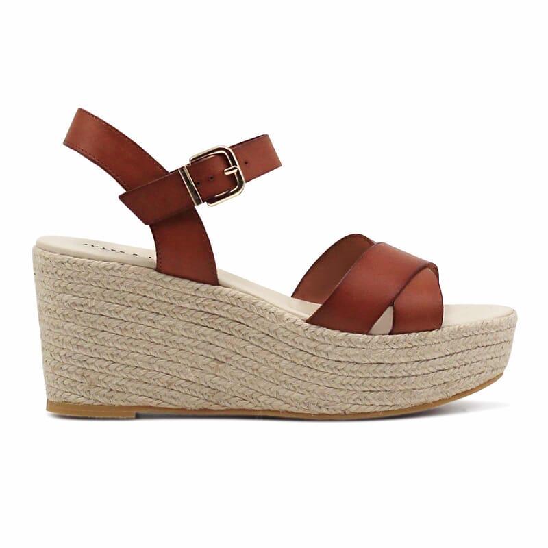 vue exterieure sandales compensees cuir camel jules & jenn