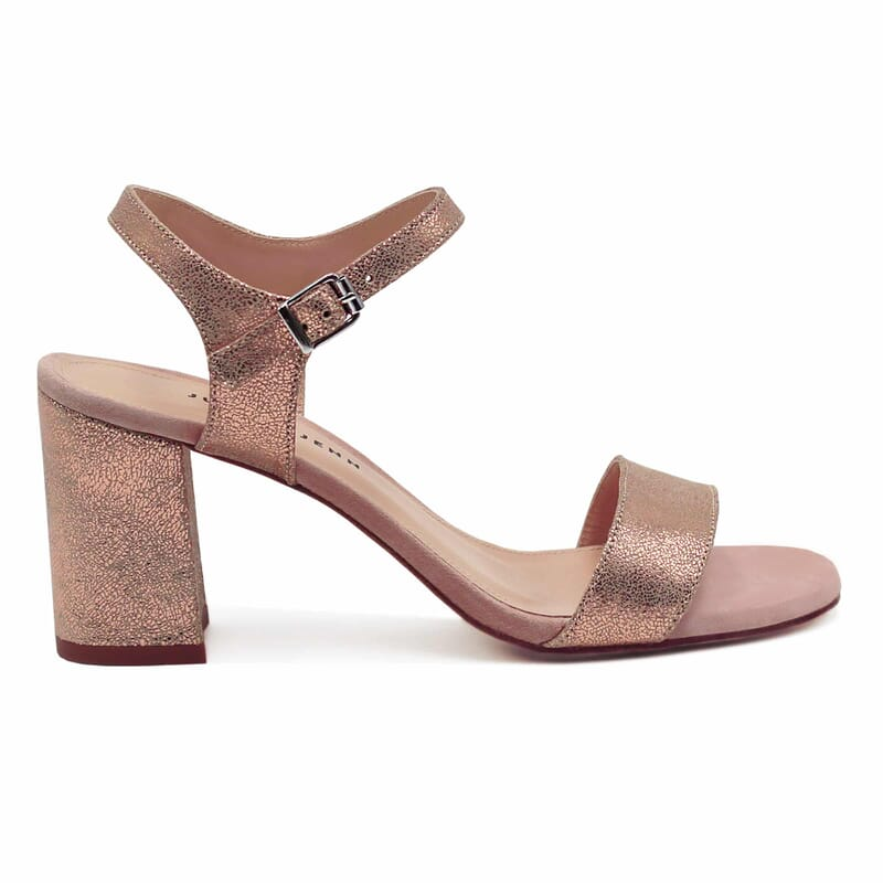 vue exterieure sandales talon cuir daim rose metallise femme jules & jenn