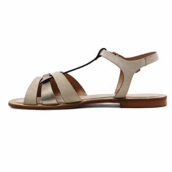 vue interieure sandales plates croisees cuir daim beige jules&jenn