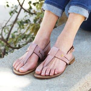 vue portee sandales tropeziennes cuir daim rose