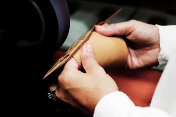 L'atelier de fabrication de sandales, Italie (Florence)
