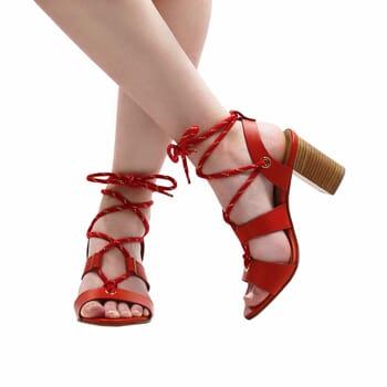 vue portee sandales hautes lacees cuir corail jules & jenn