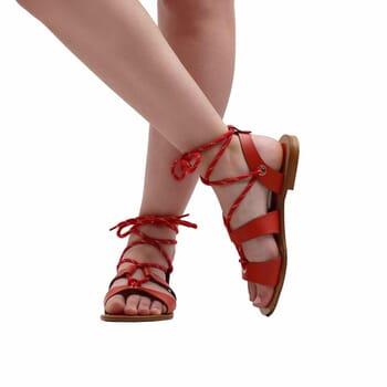 vue portee interieure sandales plates lacees cuir corail jules & jenn