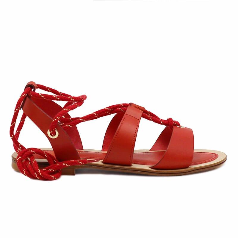vue exterieure sandales plates lacees cuir corail jules & jenn