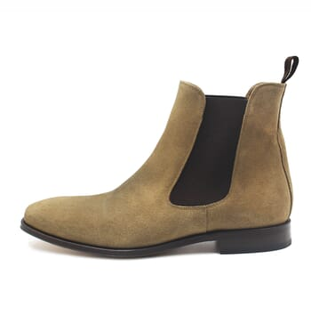 vue interieure chelsea boots cuir daim beige jules & jenn