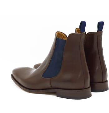 vue arriere chelsea boots cuir marron et bleu jules & jenn