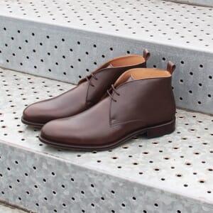 vue posee desert boots cuir marron jules & jenn