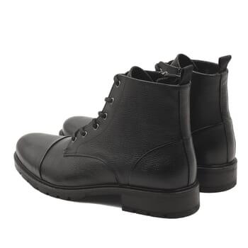 vue arriere ranger boots cuir graine noir jules & jenn