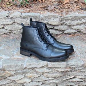 vue posee ranger boots cuir graine noir jules & jenn