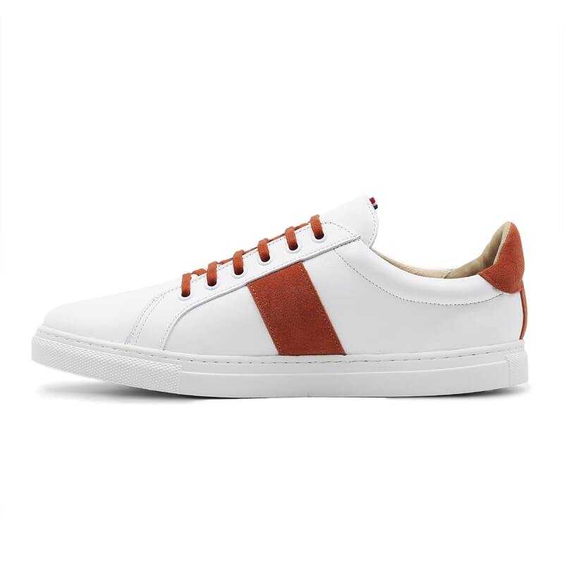 vue interieur baskets a lacet cuir blanc & orange jules & jenn