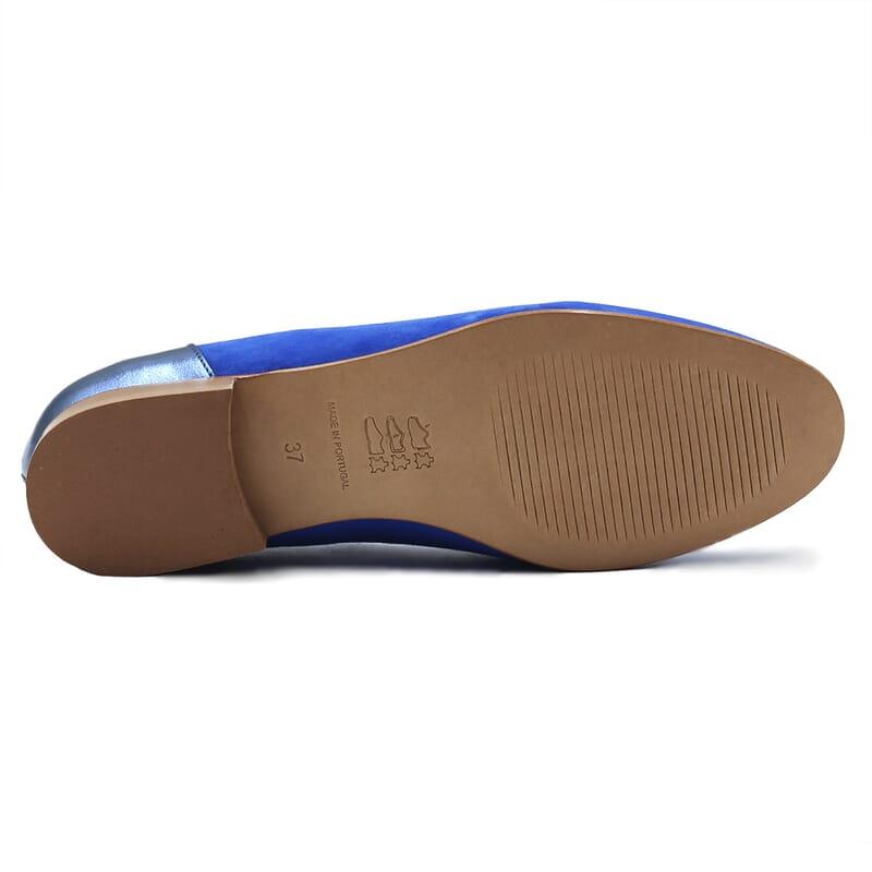 vue dessous slippers classiques cuir daim bleu royal et bleu metallise jules & jenn