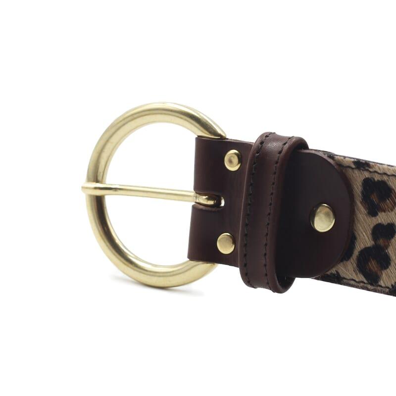 gros plan boucle ceinture boheme cuir leopard jules & jenn