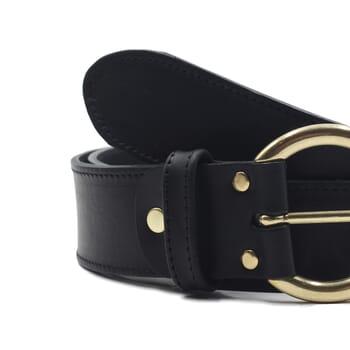 gros plan ceinture boheme cuir noir jules & jenn