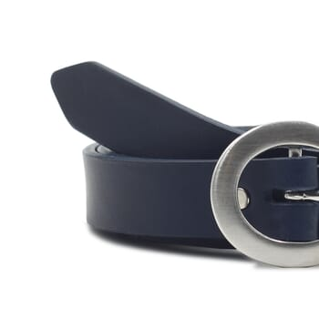 gros plan ceinture fine cuir bleu jules&jenn