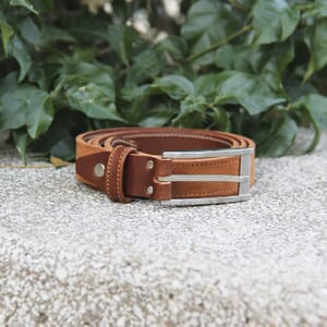 vue posee ceinture new york cuir daim cognac jules & jenn