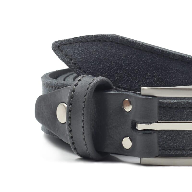 gros plan ceinture new york cuir daim gris jules et jenn